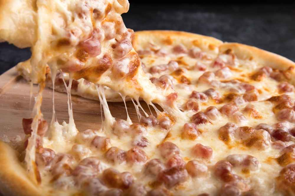 one cheese pizza